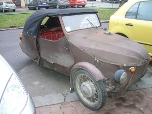 La voiture après l'attaque
