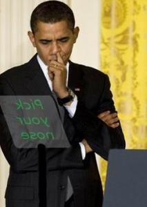 Obama-les-doigts-dans-le-nez