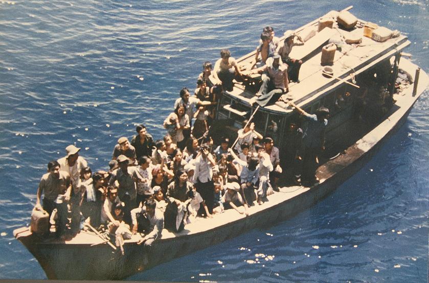 11-vietnamese-boat-people
